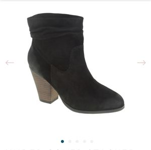 Chinese Laundry Under Cover Stacked Heel Bootie